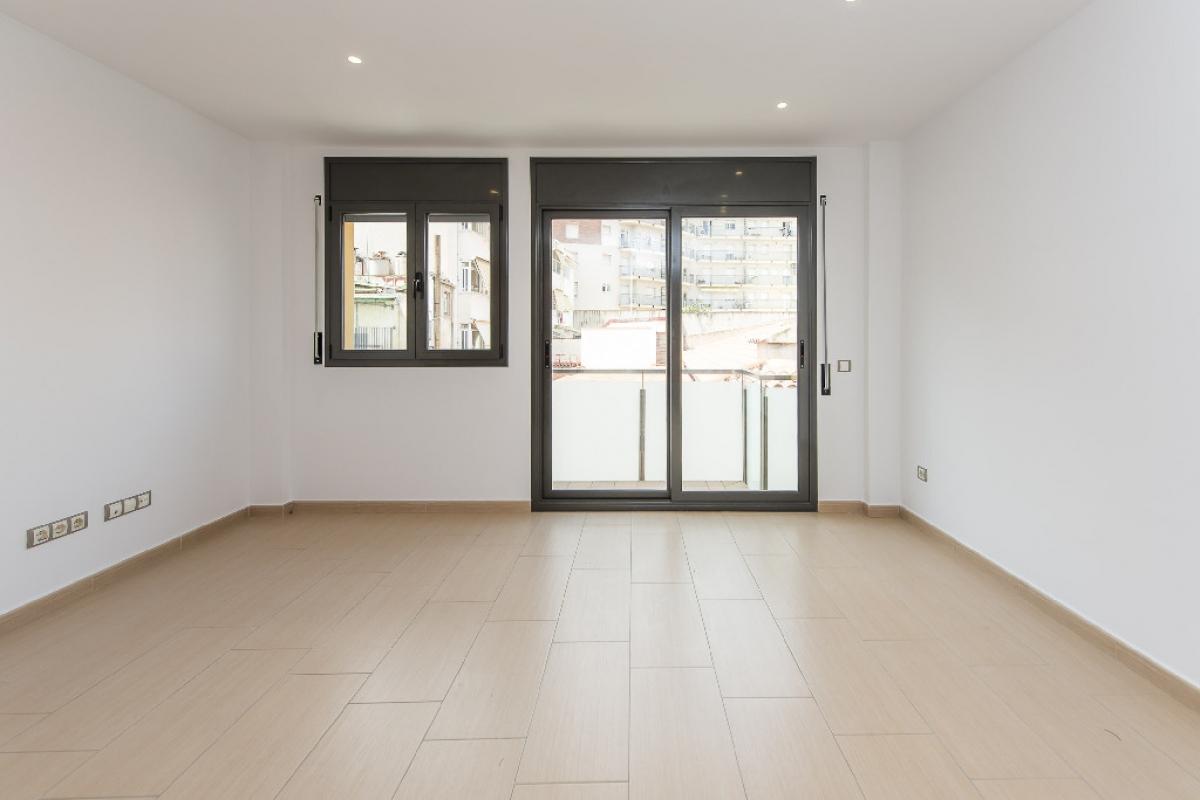Piso en venta en Mataró, Barcelona, Calle Melendez Valdes, 243.000 €, 2 habitaciones, 2 baños, 96 m2