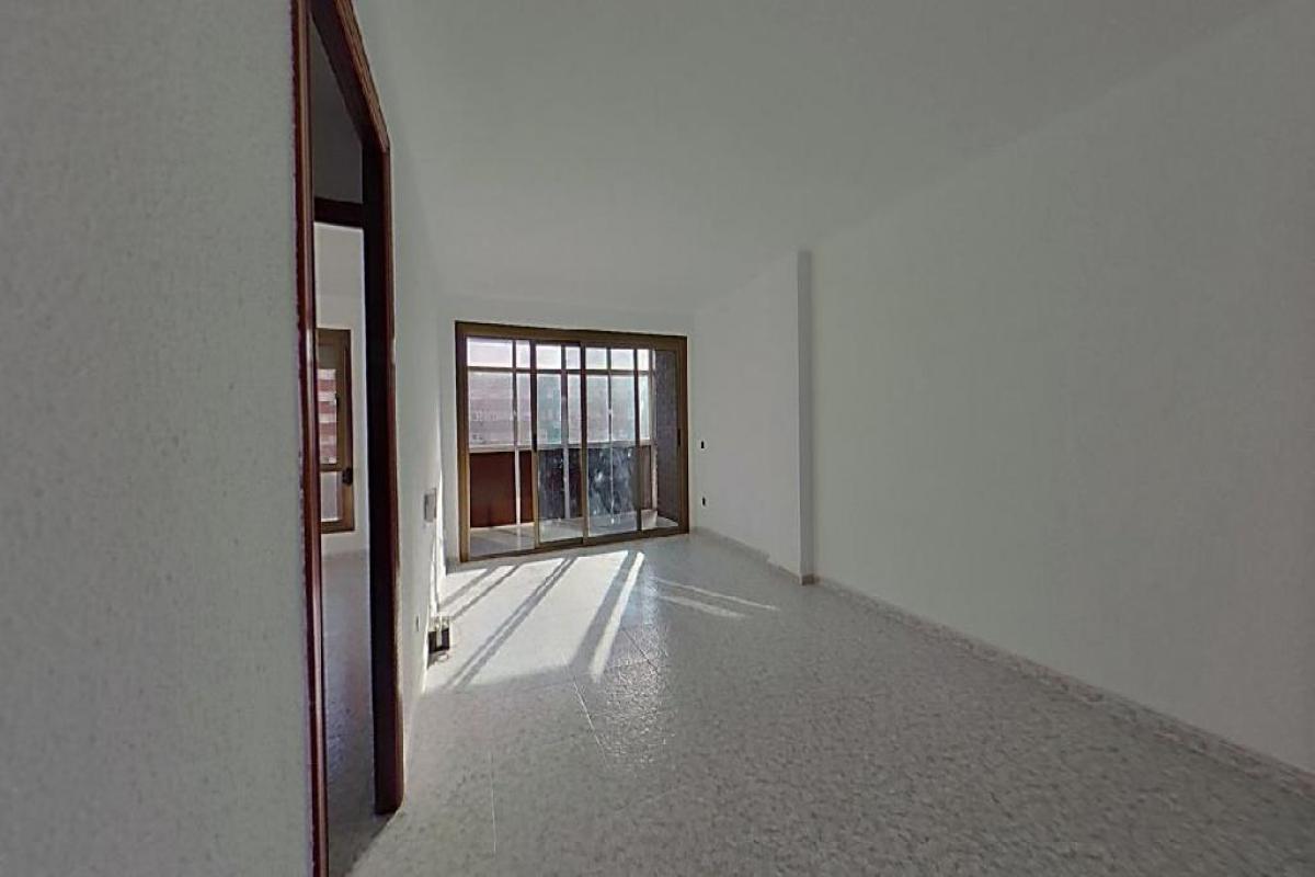 Piso en venta en Badalona, Barcelona, Avenida Marques de Sant Mori, 195.000 €, 3 habitaciones, 1 baño, 83 m2