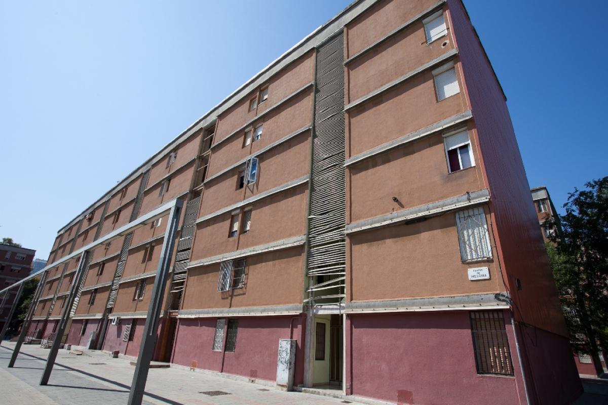 Piso en venta en Barcelona, Barcelona, Calle Messina, 141.500 €, 3 habitaciones, 1 baño, 66 m2