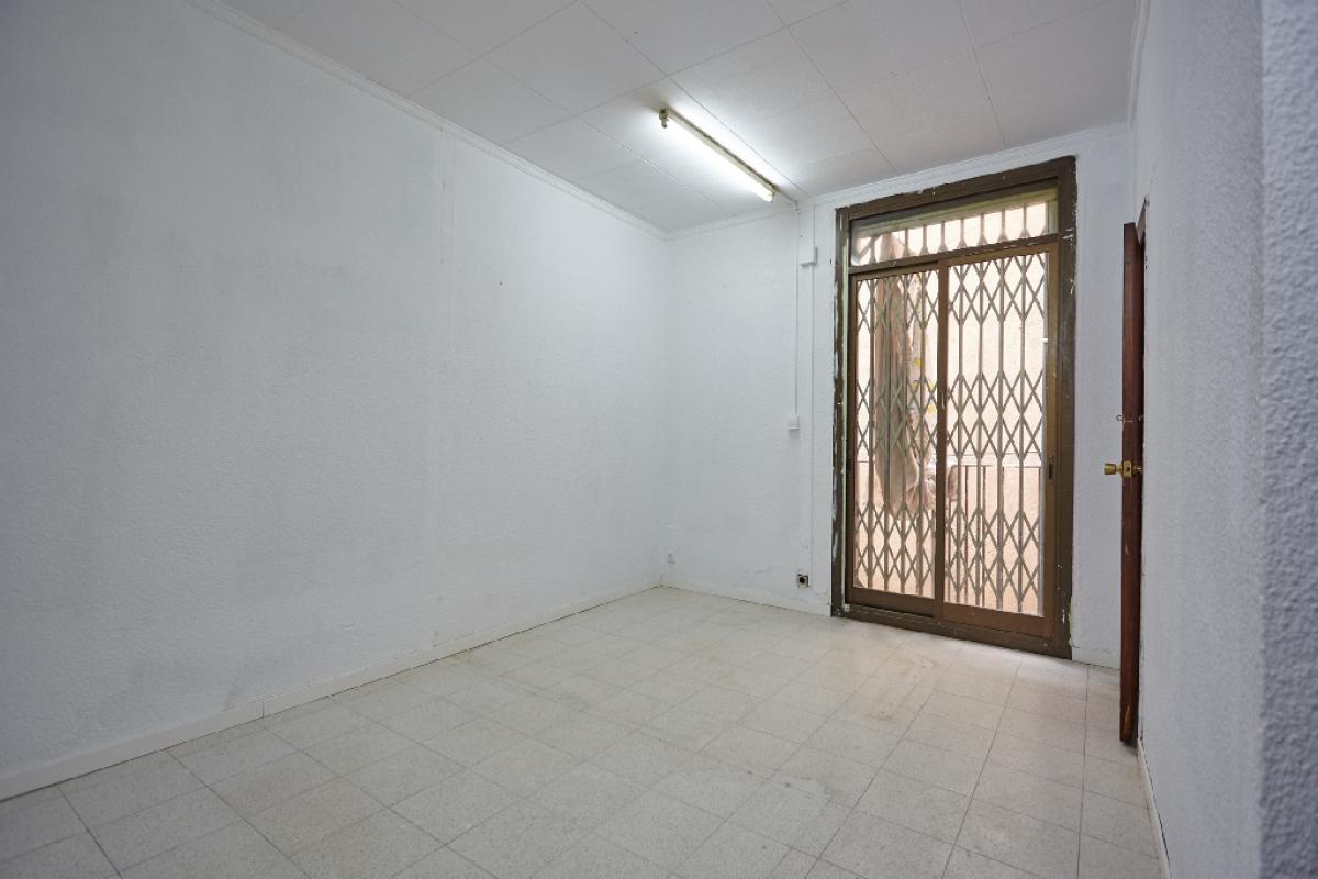 Piso en venta en Barcelona, Barcelona, Calle Reina Amalia, 209.500 €, 1 habitación, 1 baño, 50 m2