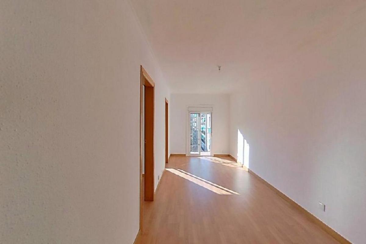 Piso en venta en La Llagosta, Barcelona, Paseo Pintor Sert, 148.500 €, 3 habitaciones, 1 baño, 79 m2