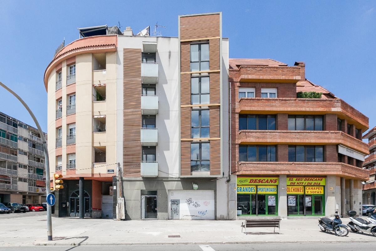 Local en venta en Polígon Industrial Can Calderon, Viladecans, Barcelona, Avenida Generalitat, 89.500 €, 80 m2