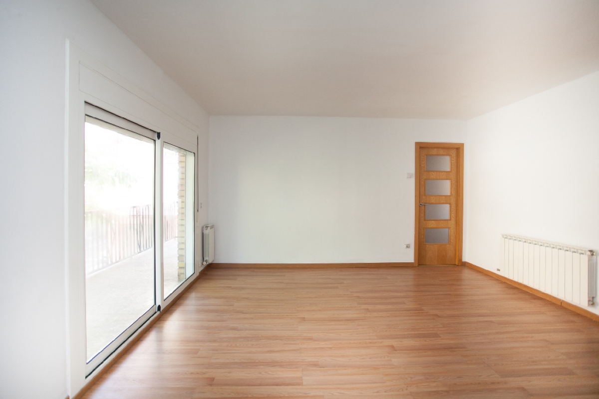 Piso en venta en La Bordeta, Lleida, Lleida, Calle Ager, 75.500 €, 3 habitaciones, 1 baño, 91 m2