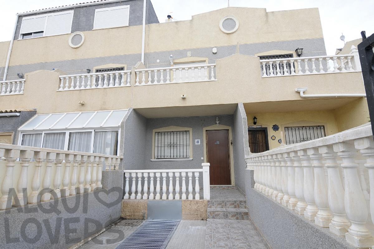 Casa en venta en Orihuela Costa, Orihuela, Alicante, Urbanización Villas Marina Flamenca, 103.000 €, 2 habitaciones, 2 baños, 88 m2