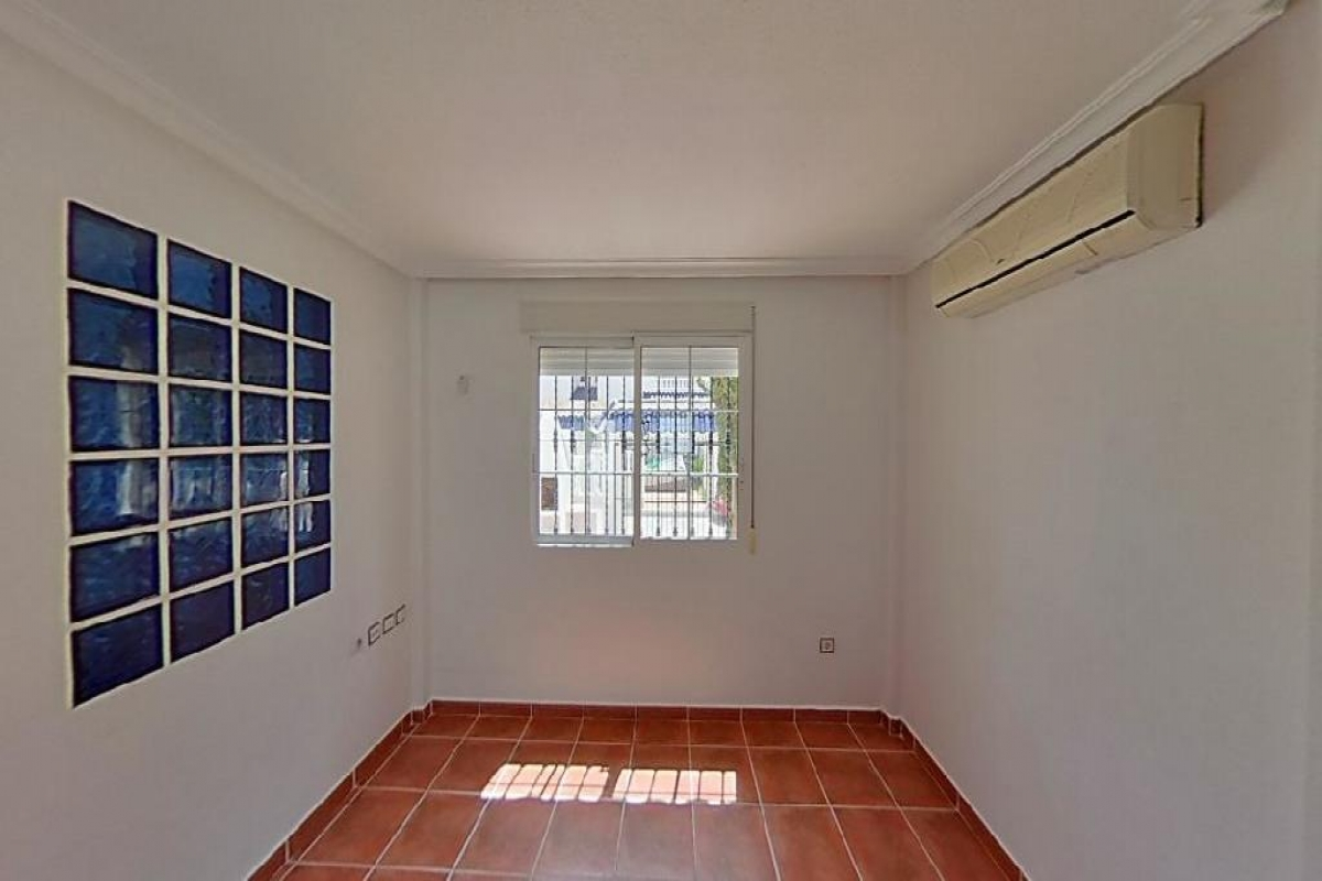 Casa en venta en Casa en Orihuela, Alicante, 89.500 €, 3 habitaciones, 2 baños, 83 m2