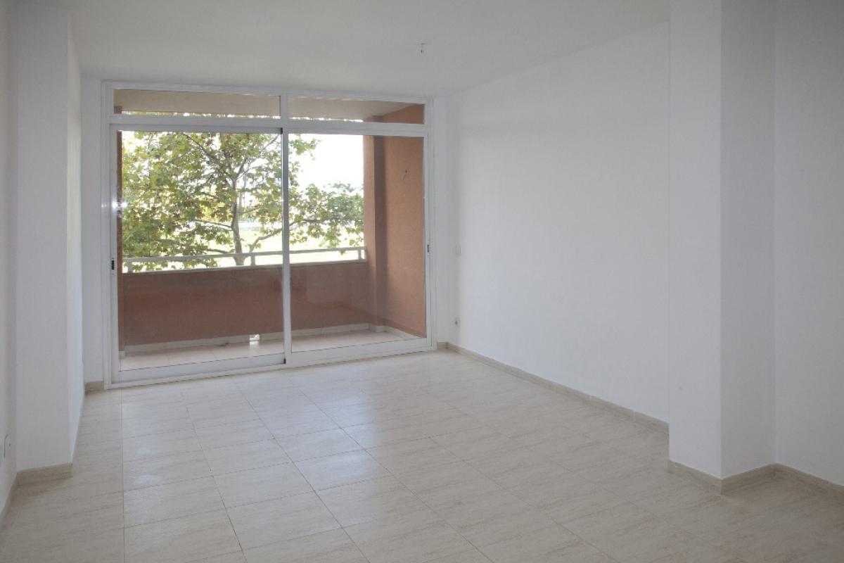Piso en venta en Son Fuster Nou, Palma de Mallorca, Baleares, Calle Gabriel Alzamora, 209.000 €, 3 habitaciones, 2 baños, 97 m2