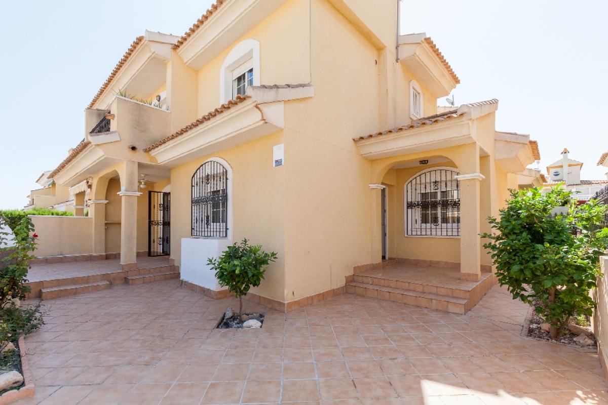 Casa en venta en Rabaloche, Orihuela, Alicante, Calle Estaca, 157.500 €, 5 habitaciones, 2 baños, 104 m2