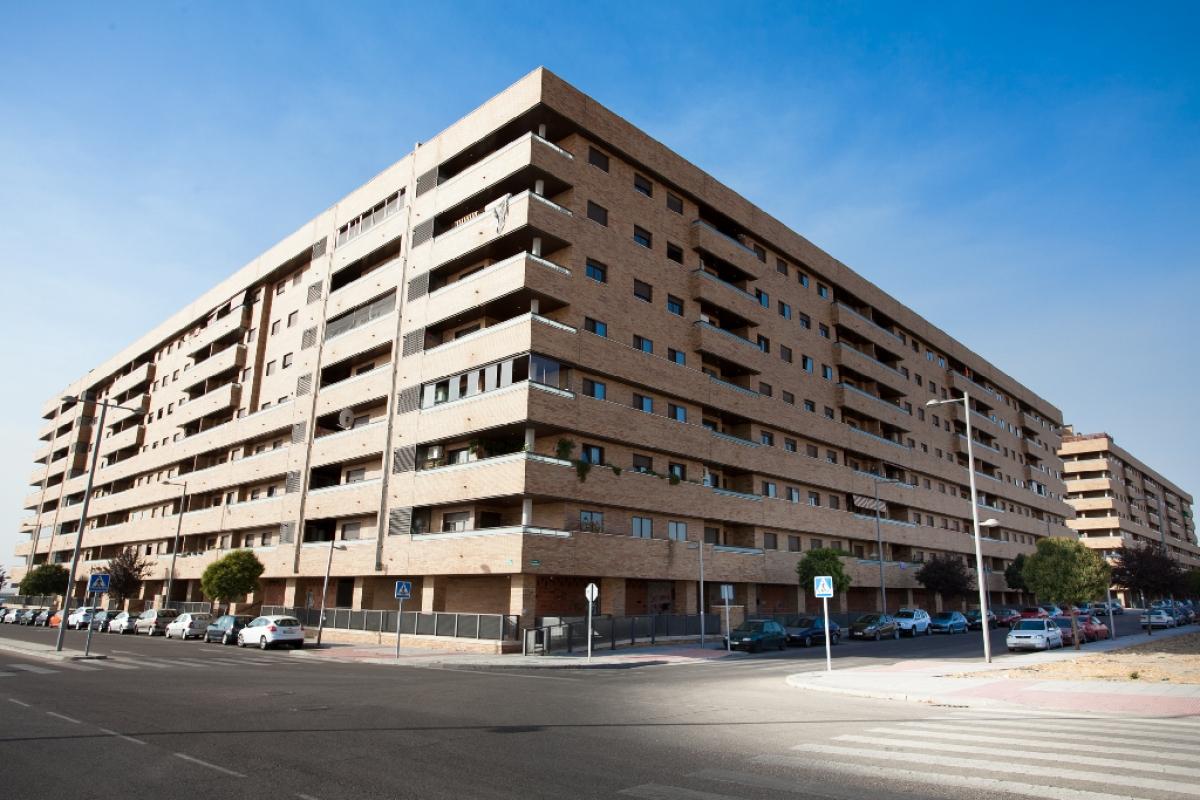 Piso en venta en El Quiñón, Seseña, Toledo, Calle El Greco, 114.500 €, 2 habitaciones, 2 baños, 139 m2