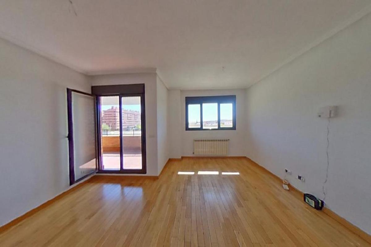 Piso en venta en Barrio Seseña Nuevo, Seseña, Toledo, Calle El Bosco, 159.500 €, 4 habitaciones, 3 baños, 194 m2