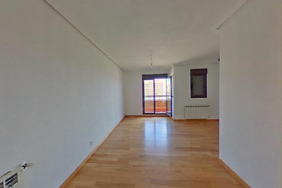 Piso en venta en Barrio Seseña Nuevo, Seseña, Toledo, Calle Claudio Coello, 146.500 €, 4 habitaciones, 3 baños, 149 m2