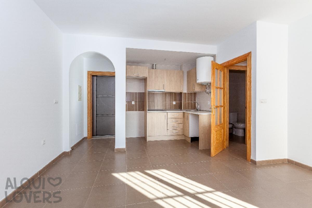 Piso en venta en Los Depósitos, Roquetas de Mar, Almería, Calle Luis Buñuel, 40.500 €, 1 habitación, 1 baño, 45 m2
