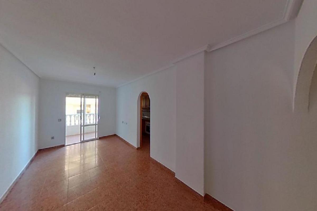 Piso en venta en Torrevieja, Alicante, Calle Villa de Madrid, 91.500 €, 3 habitaciones, 2 baños, 84 m2