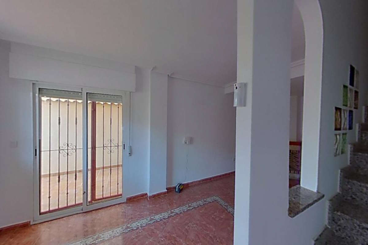 Piso en venta en Urbanización la Regia, Orihuela, Alicante, Calle Naranjo, 151.500 €, 2 habitaciones, 3 baños, 86 m2