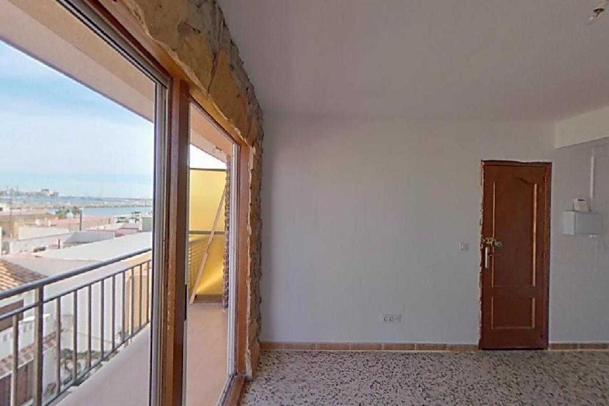 Piso en venta en Torrevieja, Alicante, Calle Bigastro, 69.500 €, 3 habitaciones, 1 baño, 80 m2