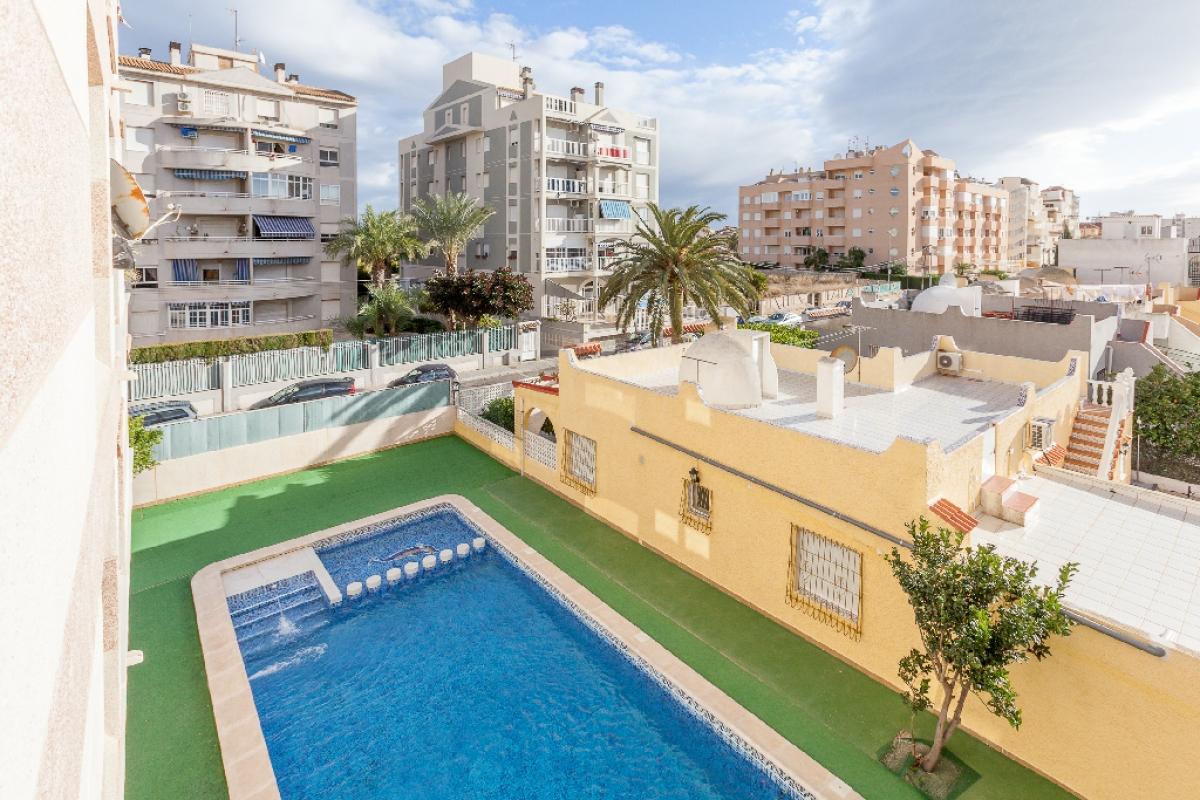 Piso en venta en La Mata, Torrevieja, Alicante, Calle Marcelina, 87.000 €, 2 habitaciones, 1 baño, 66 m2