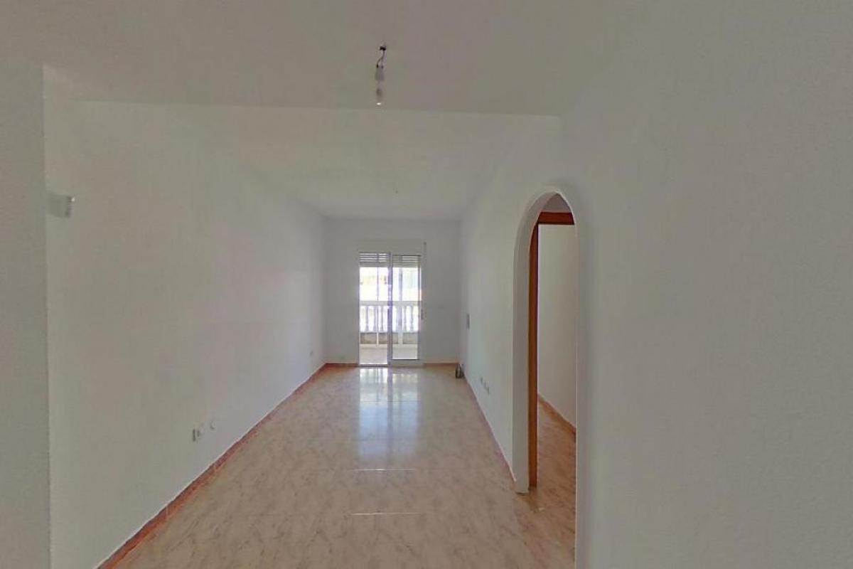 Piso en venta en La Mata, Torrevieja, Alicante, Calle Maestro Francisco Casanovas, 84.000 €, 3 habitaciones, 1 baño, 82 m2