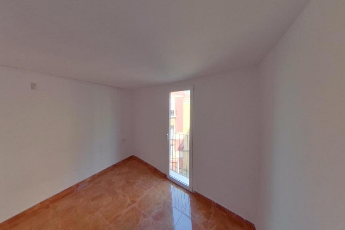 Piso en venta en Sant Pere I Sant Pau, Tarragona, Tarragona, Calle Mare de Deu de la Merce, 81.000 €, 2 habitaciones, 1 baño, 40 m2