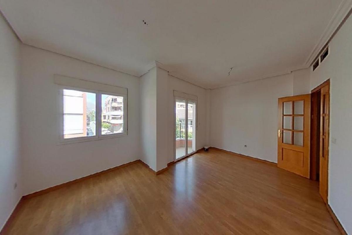 Piso en venta en Bigastro, Bigastro, Alicante, Calle Mayor, 67.500 €, 3 habitaciones, 2 baños, 138 m2