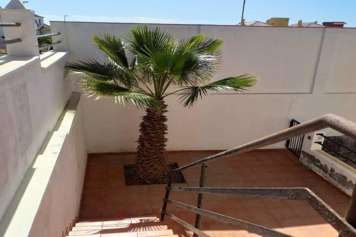 Casa en venta en Laja Blanca, Arico, Santa Cruz de Tenerife, Calle Alcalde Ricardo Ponce Nuñez, 199.500 €, 3 habitaciones, 3 baños, 235 m2