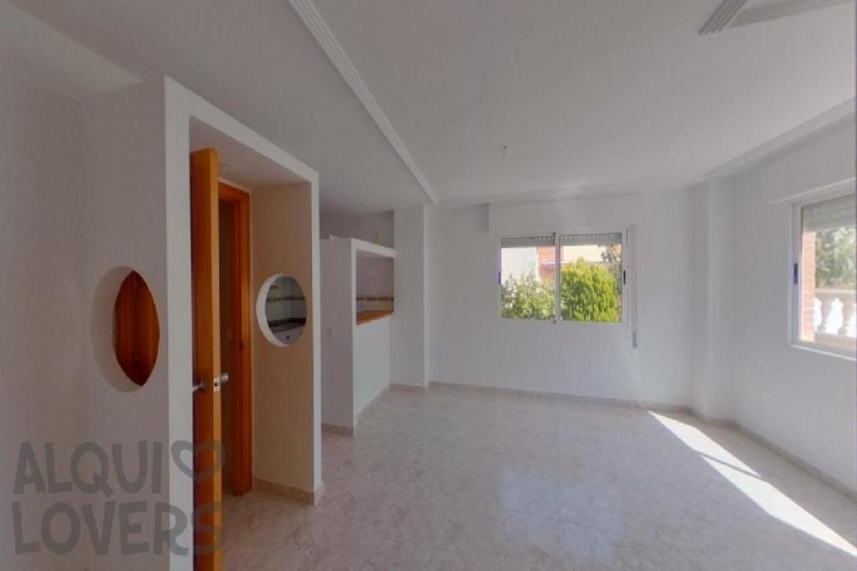 Casa en venta en Rabaloche, Orihuela, Alicante, Calle Londres, 96.000 €, 2 habitaciones, 2 baños, 71 m2