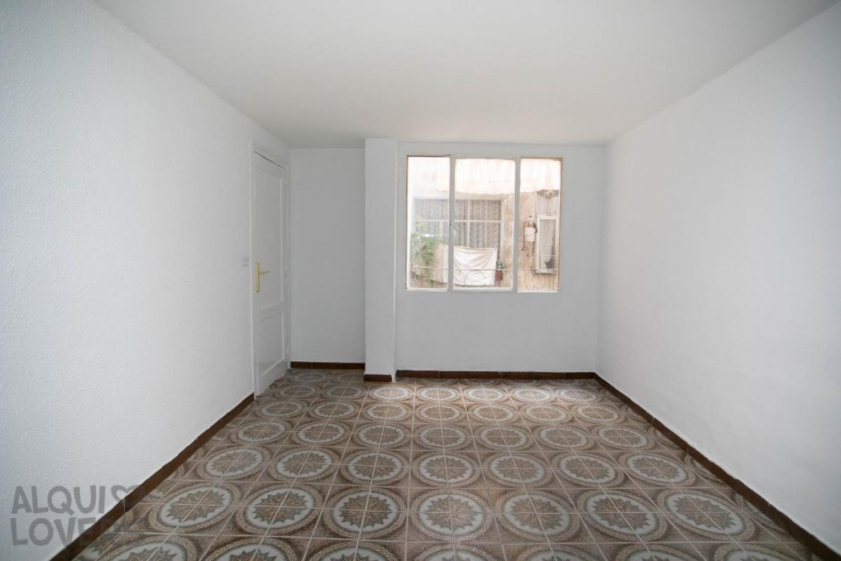 Piso en venta en Las Fuentes, Zaragoza, Zaragoza, Calle Maestro Mingote, 51.000 €, 2 habitaciones, 60 m2
