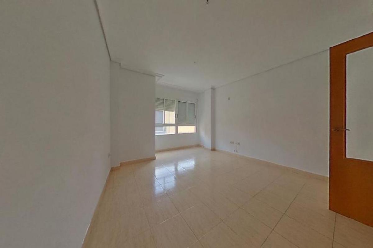 Piso en venta en Poblados Marítimos, Burriana, Castellón, Calle Mare de Deu Misericordia, 63.000 €, 3 habitaciones, 2 baños, 123 m2