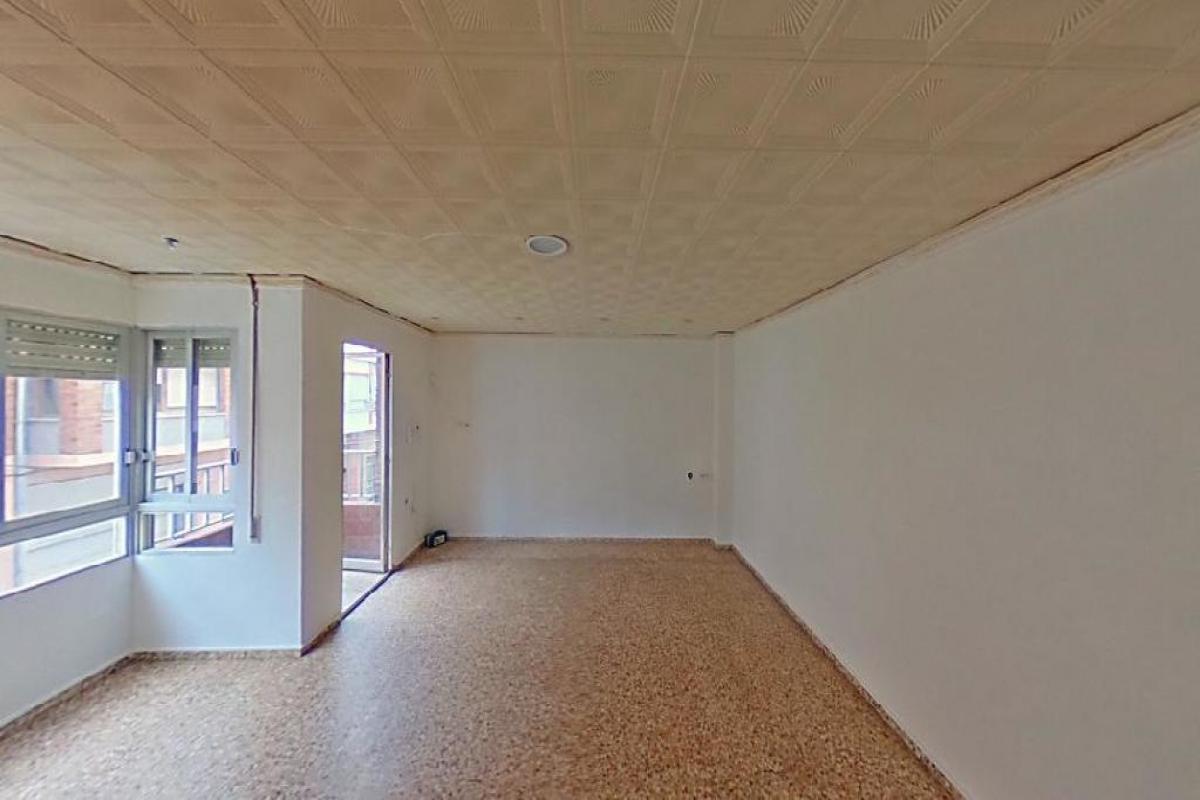 Piso en venta en Alquerieta, Alzira, Valencia, Calle Camilo Dolz, 54.000 €, 4 habitaciones, 2 baños, 135 m2