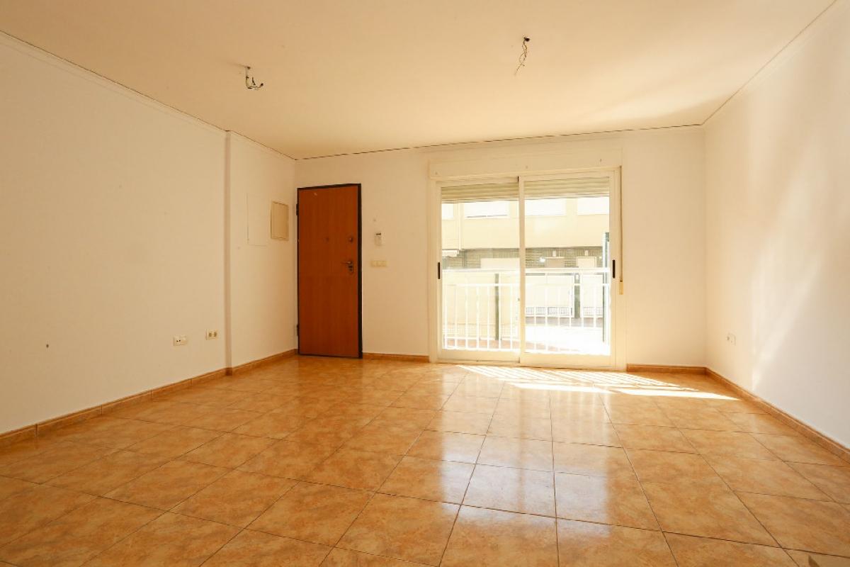 Casa en venta en Monteblanco, Onda, Castellón, Calle Sanchis Guarner, 106.000 €, 4 habitaciones, 3 baños, 128 m2