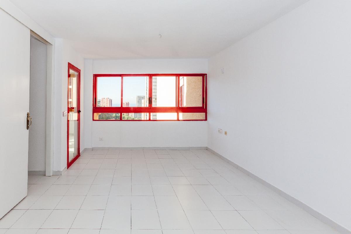 Piso en venta en El Racó de L`oix - El Rincón de Loix, Benidorm, Alicante, Calle Viena, 114.500 €, 1 habitación, 1 baño, 89 m2