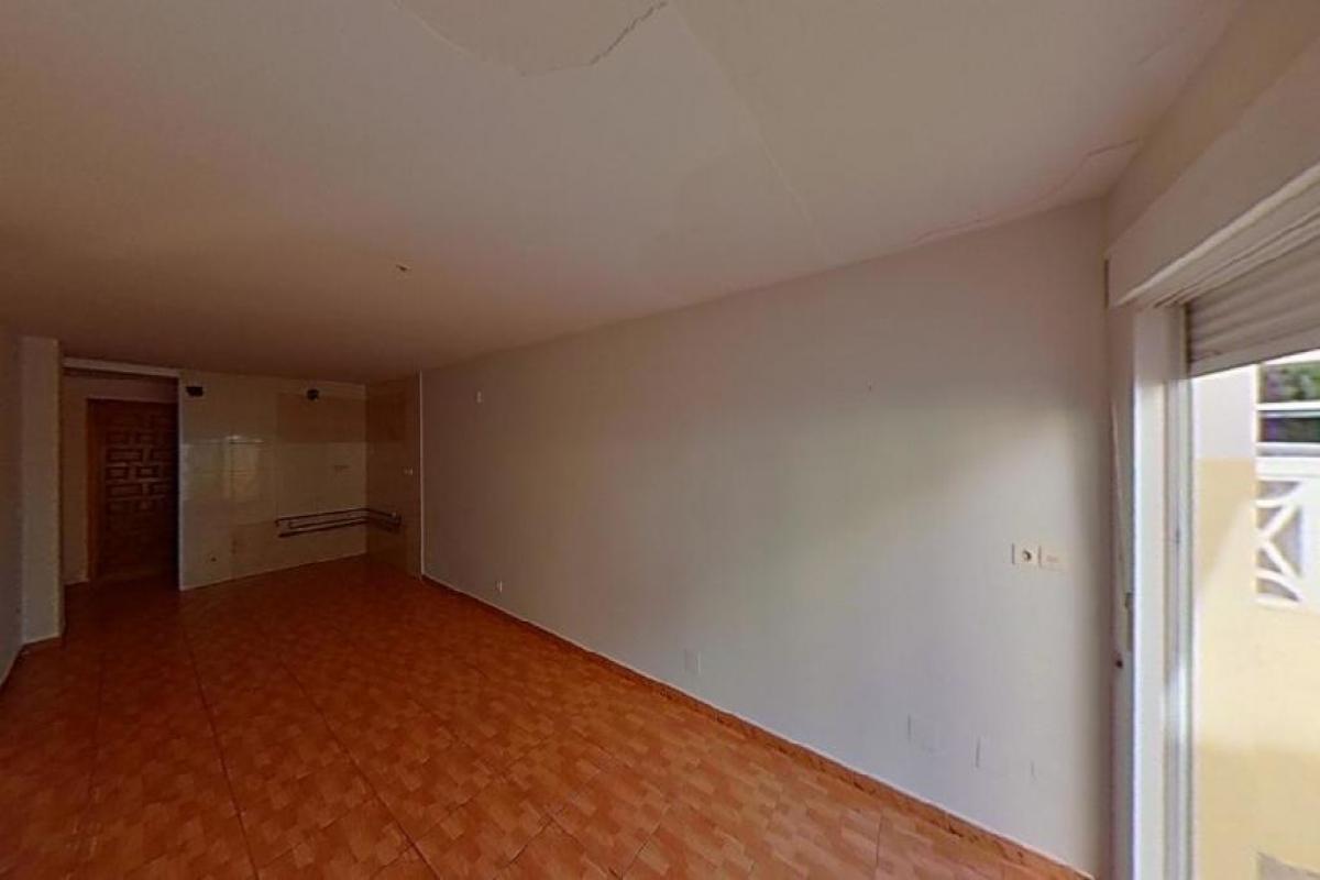 Piso en venta en Torrevieja, Alicante, Calle Marcelina, 58.000 €, 2 habitaciones, 1 baño, 49 m2