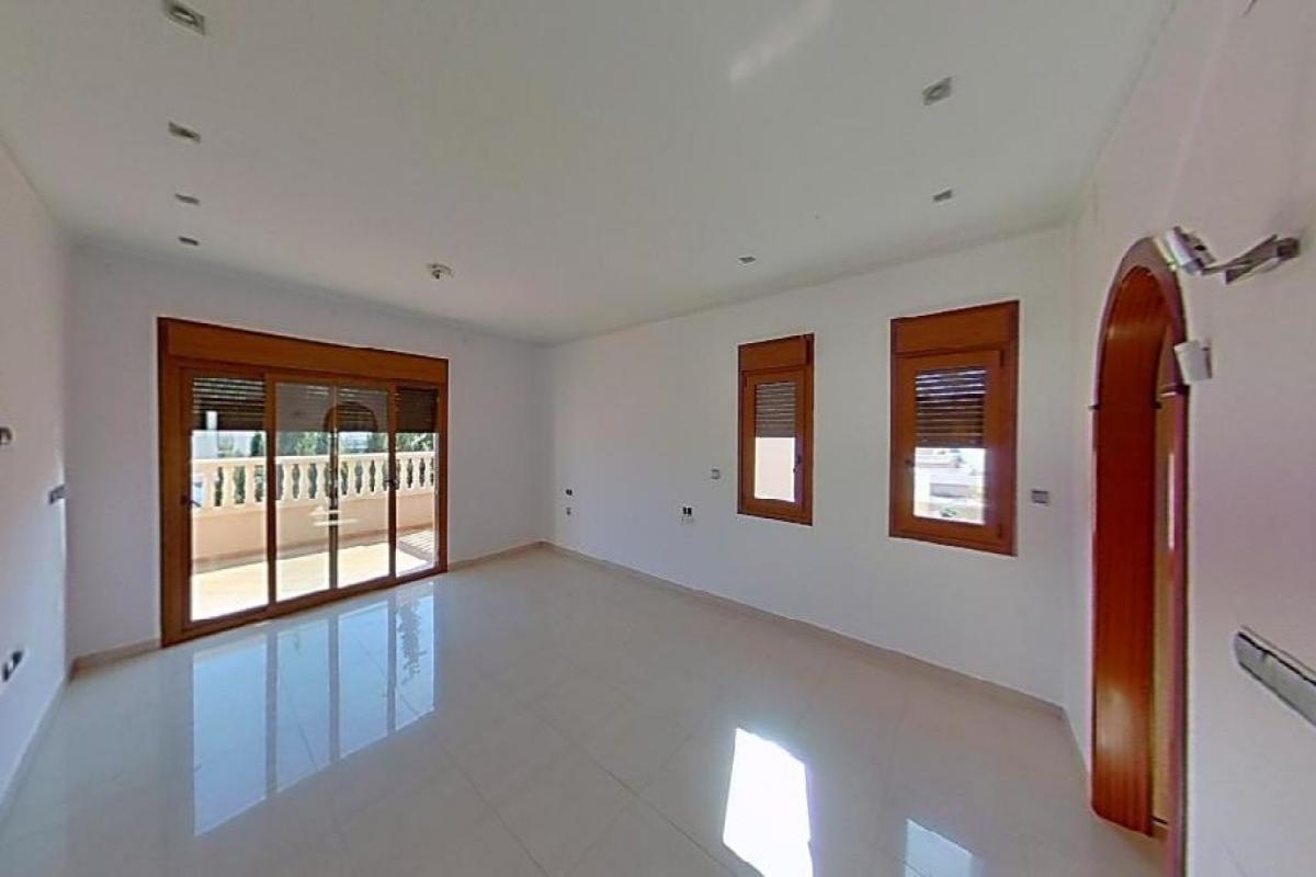 Casa en venta en Torrevieja, Alicante, Calle los Viveros Ii, 280.500 €, 3 habitaciones, 4 baños, 167 m2