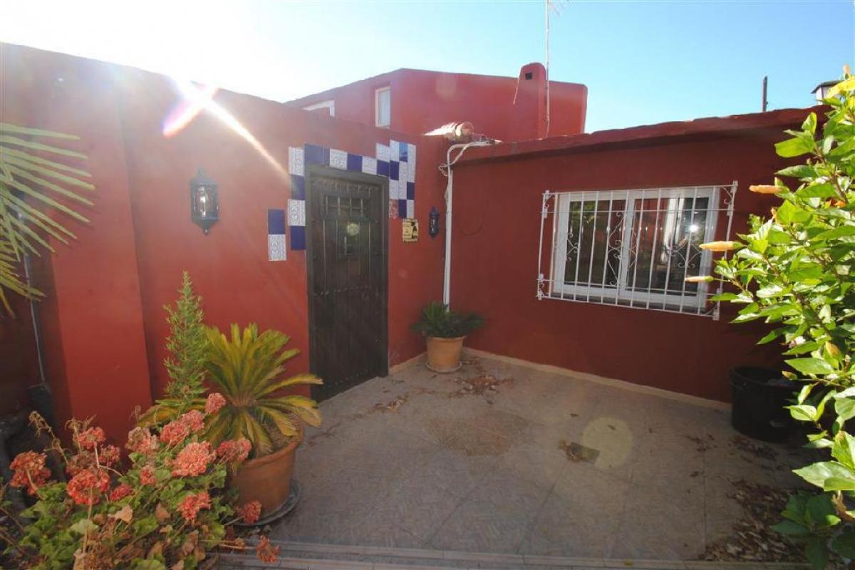Casa en venta en Marbella, Málaga, Calle la Amapolas-nva Andaluci, 544.500 €, 6 habitaciones, 3 baños, 281 m2