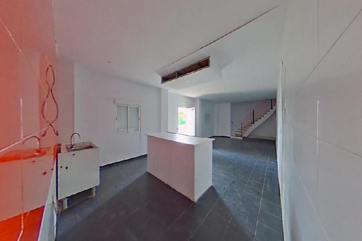 Casa en venta en Urbanización Nueva Onda, Onda, Castellón, Calle Beniparrell, 30.000 €, 4 habitaciones, 1 baño, 115 m2