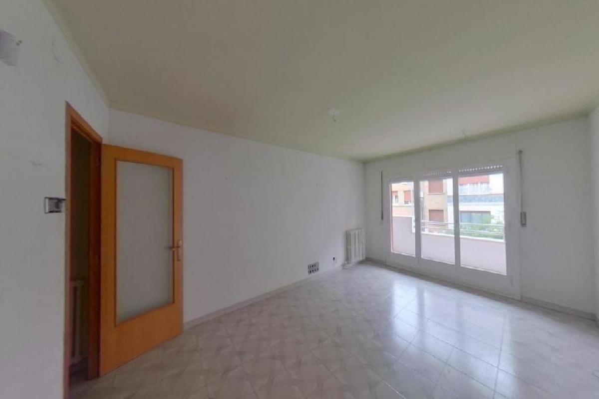 Piso en venta en Vic, Barcelona, Calle Generalitat, 116.000 €, 3 habitaciones, 1 baño, 115 m2