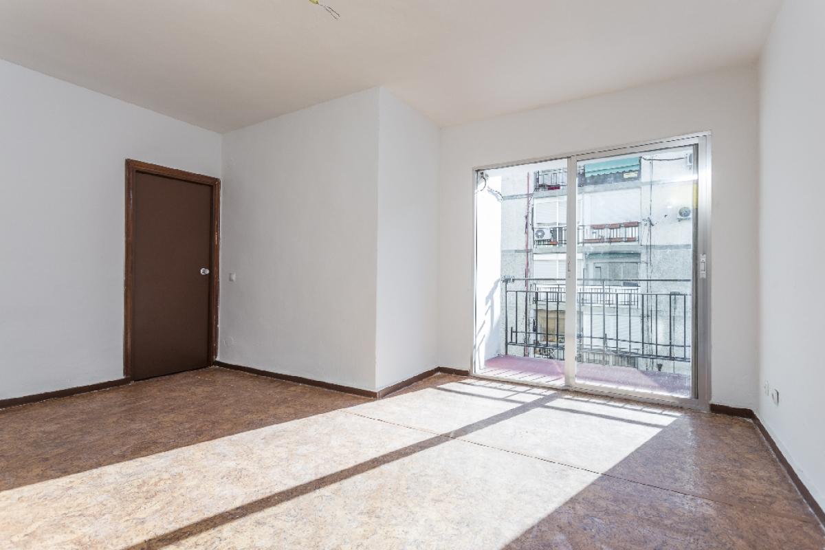 Piso en venta en Torrejón de Ardoz, Madrid, Calle Puerto de los Leones, 120.500 €, 3 habitaciones, 1 baño, 65 m2