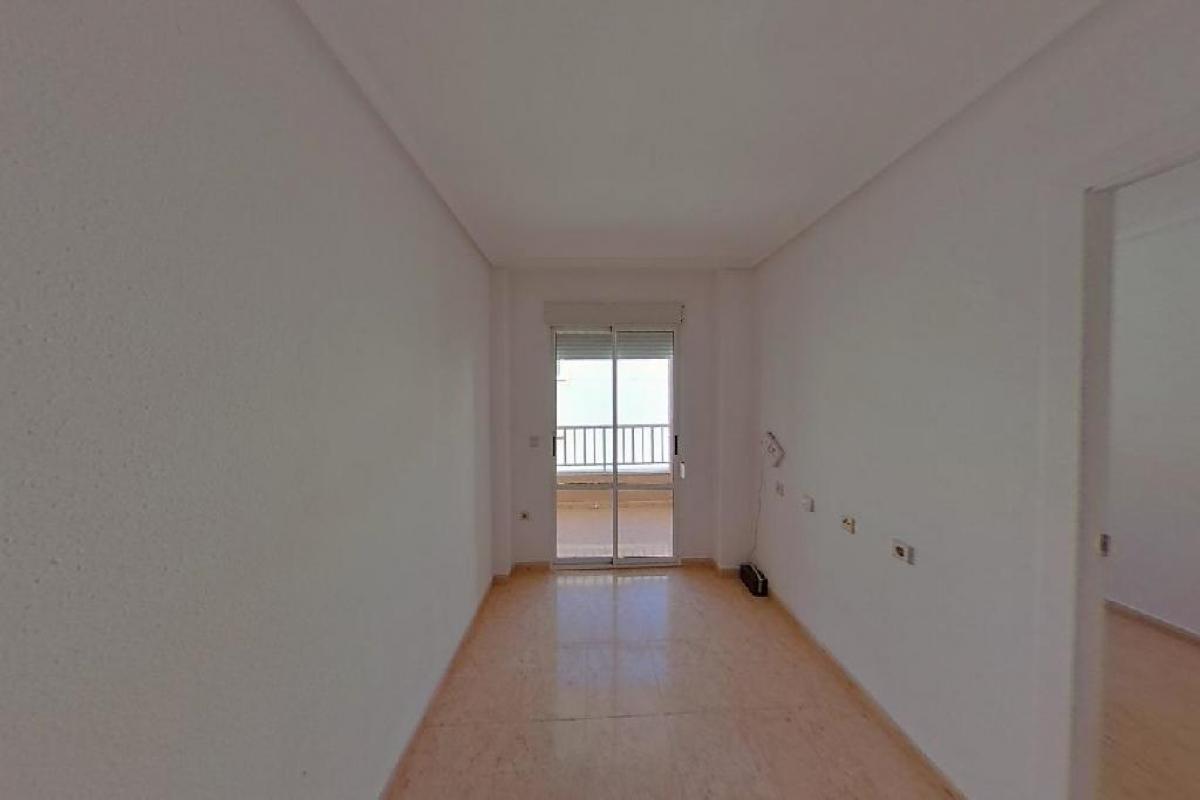 Piso en venta en Torrevieja, Alicante, Calle los Molinos, 61.000 €, 2 habitaciones, 1 baño, 57 m2