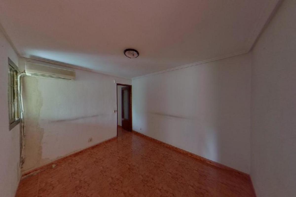 Piso en venta en Madrid, Madrid, Calle Puerto del Bruch, 126.500 €, 3 habitaciones, 1 baño, 63 m2