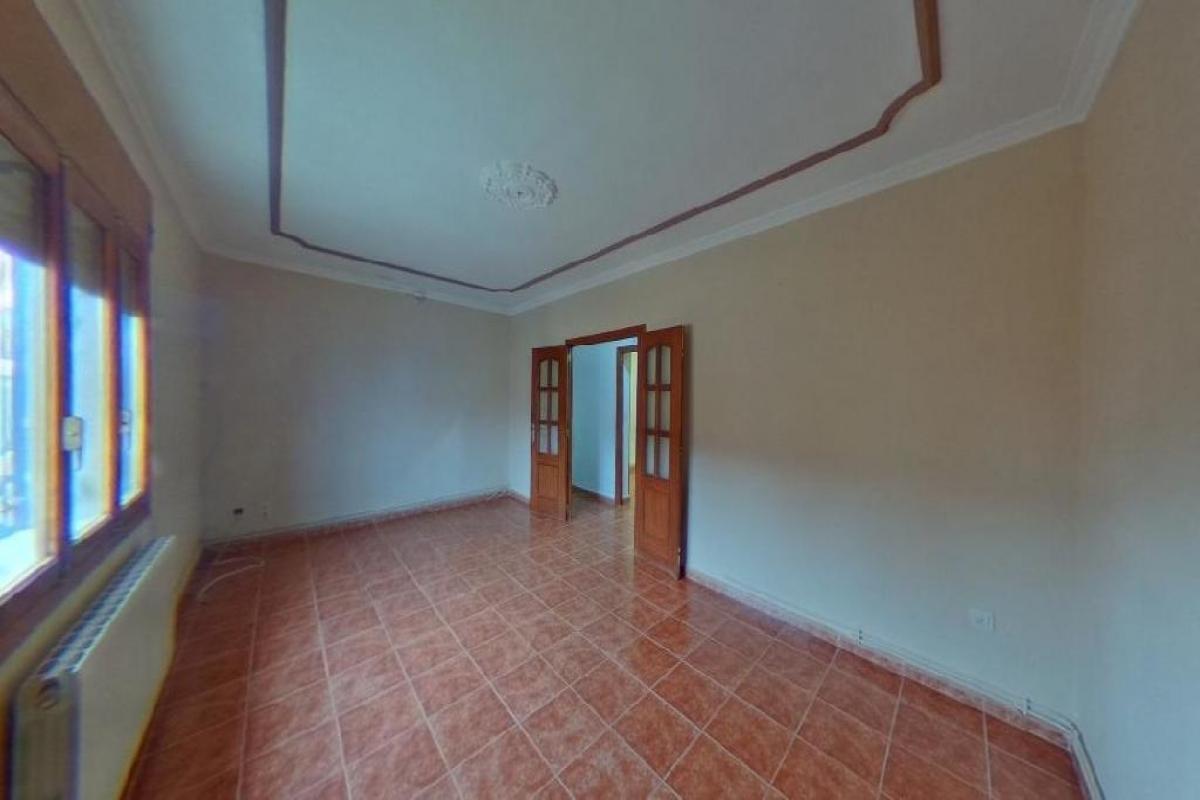 Piso en venta en San Clemente, Cuenca, Calle Maestro Antonio Lopez, 69.500 €, 4 habitaciones, 1 baño, 125 m2