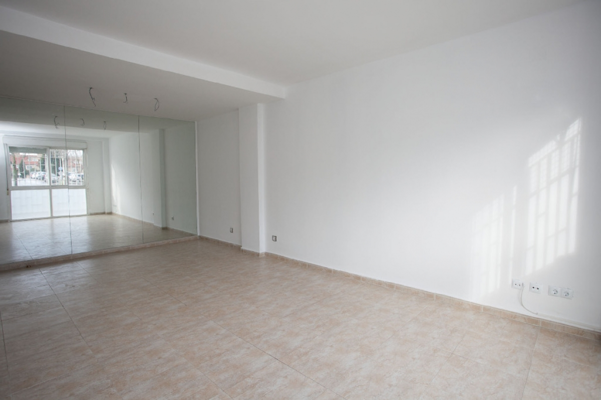 Piso en venta en Valdemoro, Madrid, Calle Castilla la Mancha, 140.000 €, 2 habitaciones, 1 baño, 90 m2