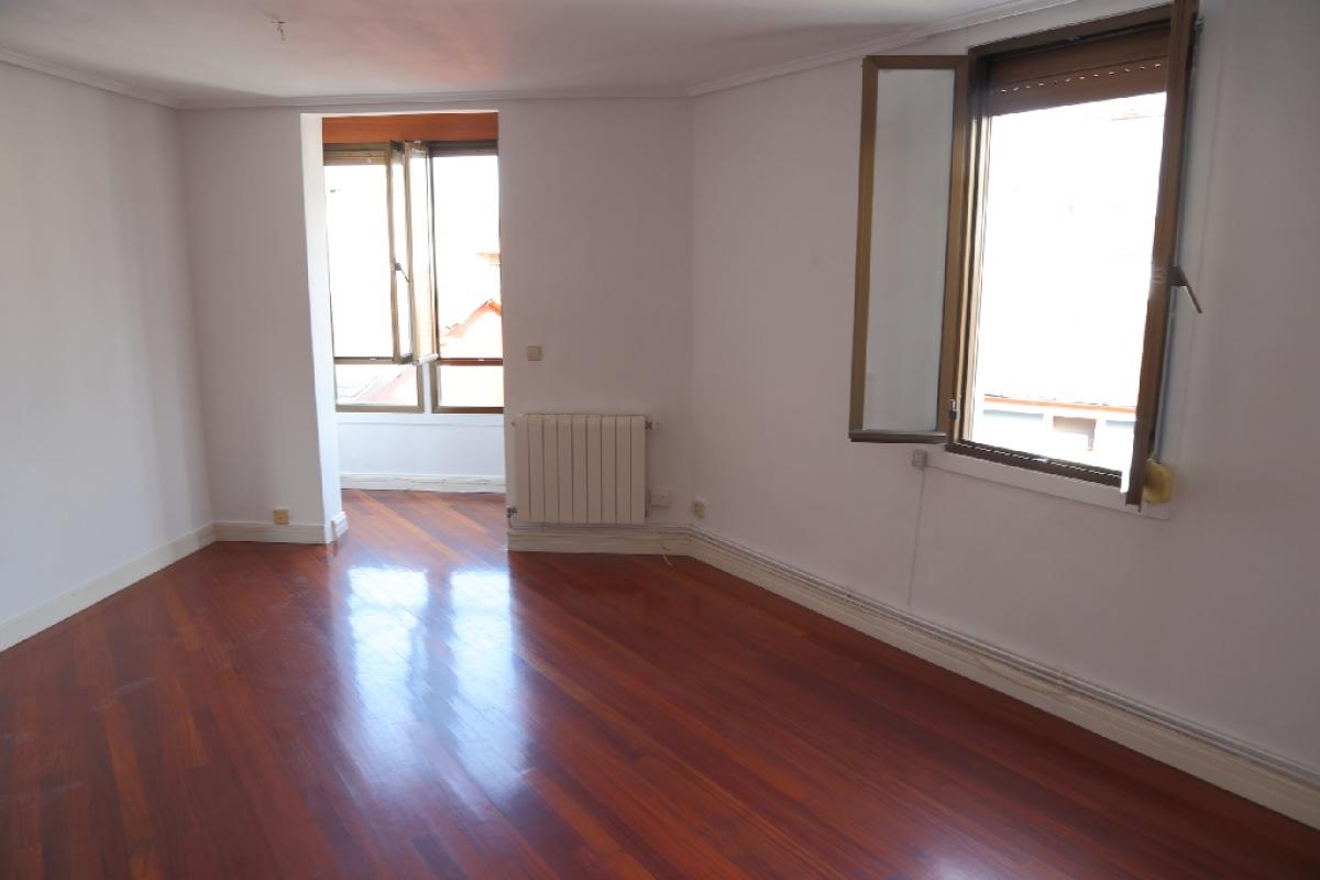 Piso en venta en Sestao, Vizcaya, Calle Vista Alegre, 94.500 €, 2 habitaciones, 1 baño, 74 m2