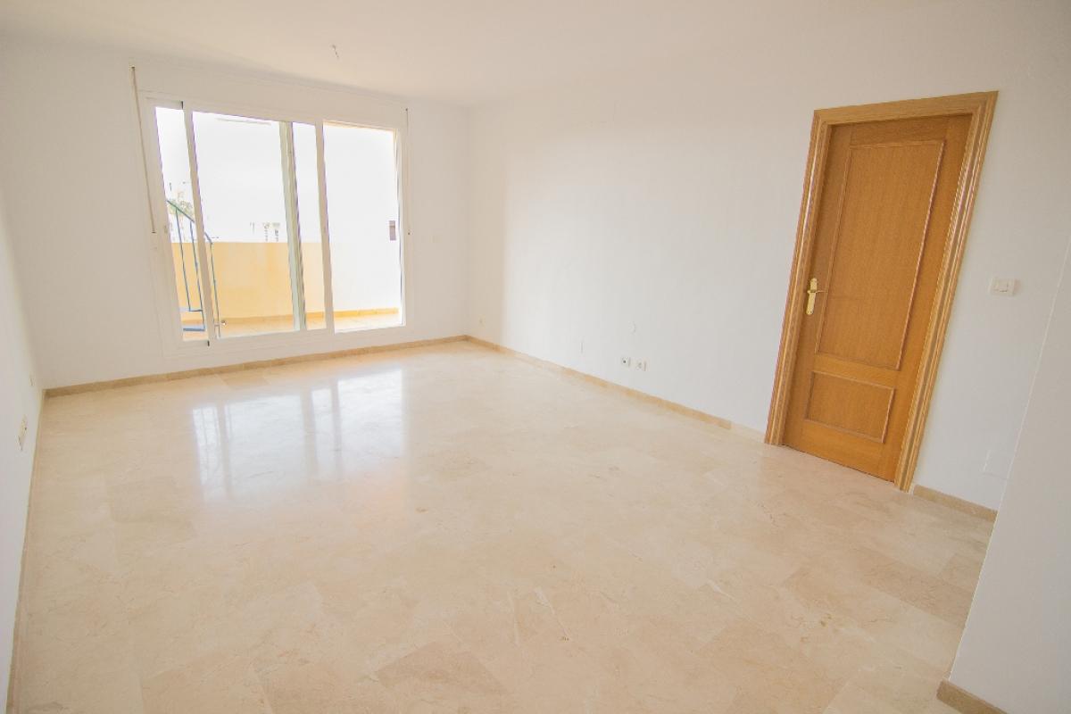 Piso en venta en Mijas, Málaga, Calle Poetas de Rivera, 138.500 €, 2 habitaciones, 2 baños, 94 m2