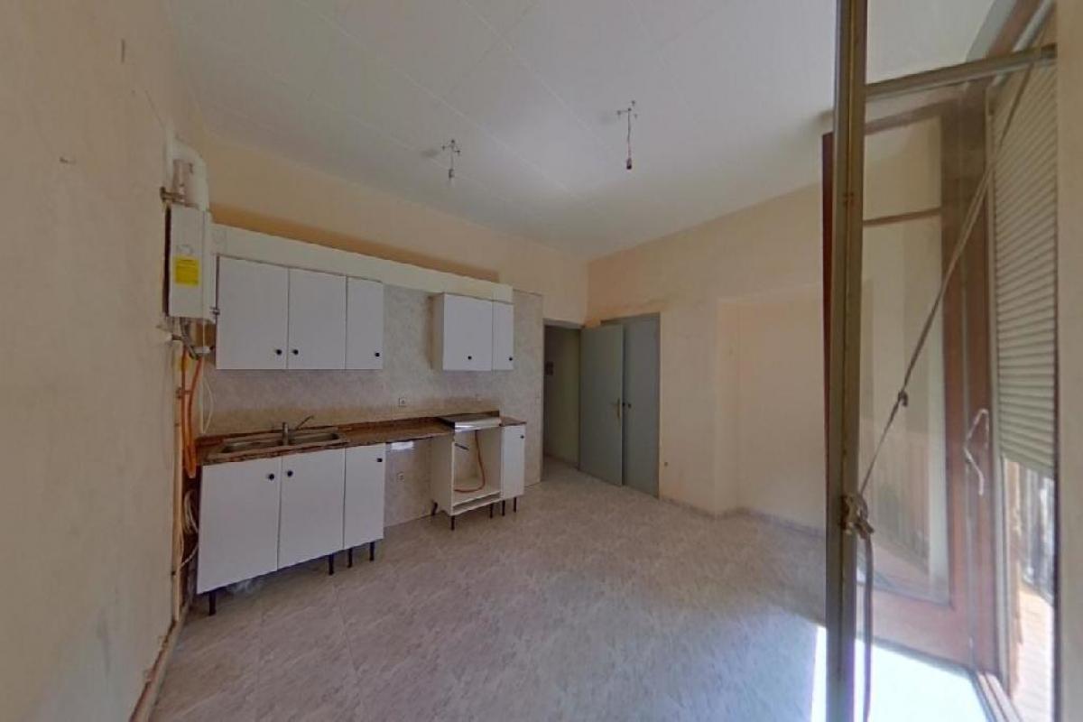 Piso en venta en Cal Rota, Berga, Barcelona, Calle Pietat, 47.500 €, 2 habitaciones, 1 baño, 62 m2