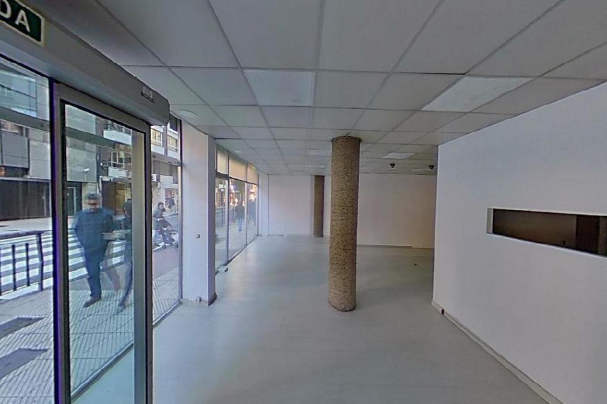 Local en venta en La Corredoria Y Ventanielles, Oviedo, Asturias, Calle General Primo de Rivera, 129.500 €, 87 m2