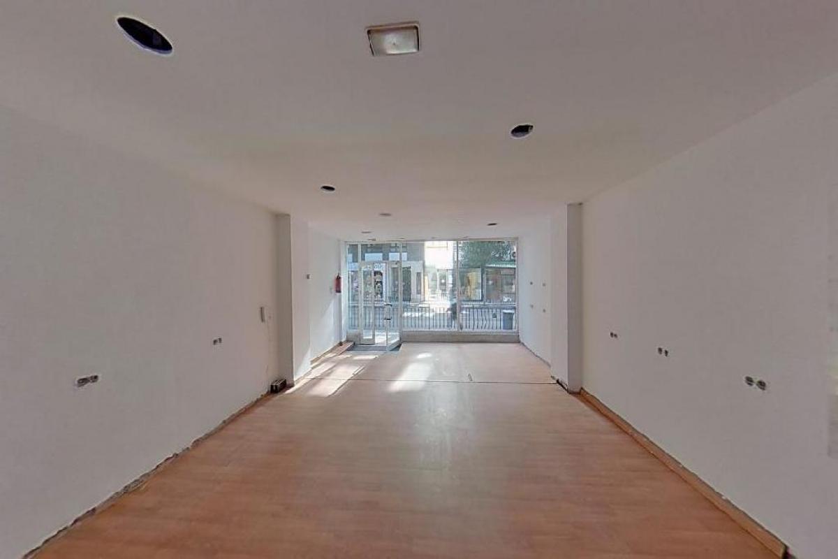 Local en venta en La Corredoria Y Ventanielles, Oviedo, Asturias, Calle General Primo de Rivera, 112.500 €, 119 m2