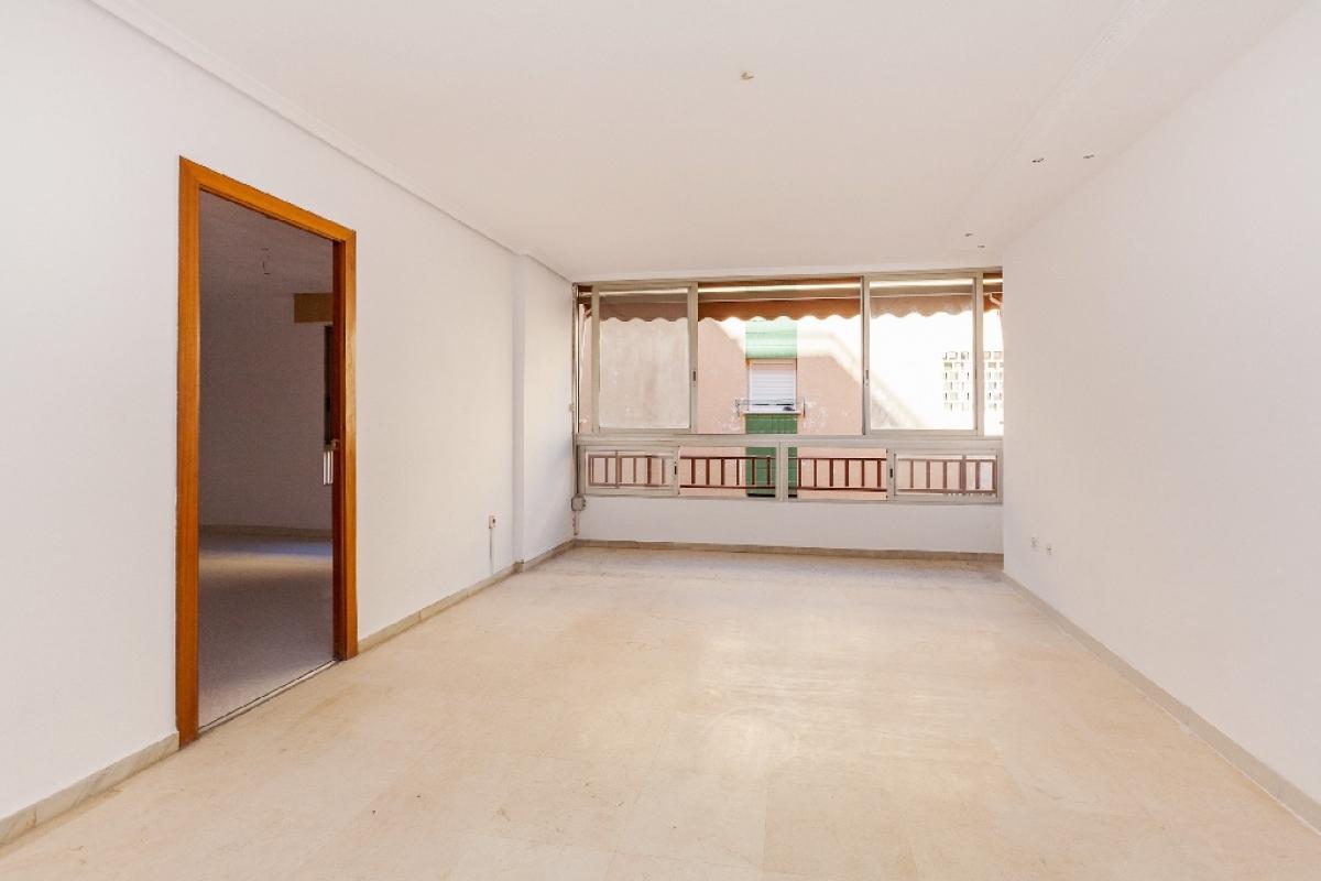 Piso en venta en Els Tolls - Aigüera Alta, Benidorm, Alicante, Calle Tomas Ortuño, 107.500 €, 2 habitaciones, 1 baño, 62 m2