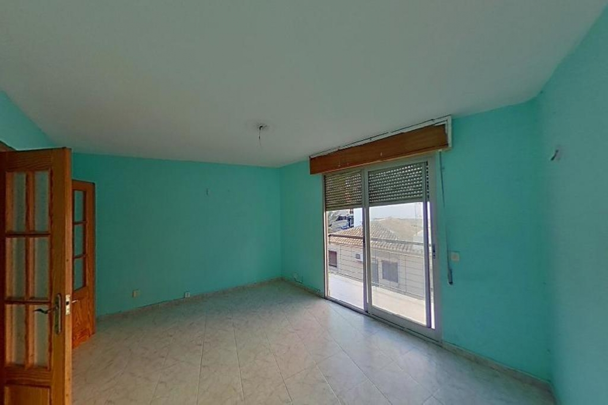 Piso en venta en El Calvari, Benidorm, Alicante, Calle Pino, 76.000 €, 2 habitaciones, 1 baño, 85 m2