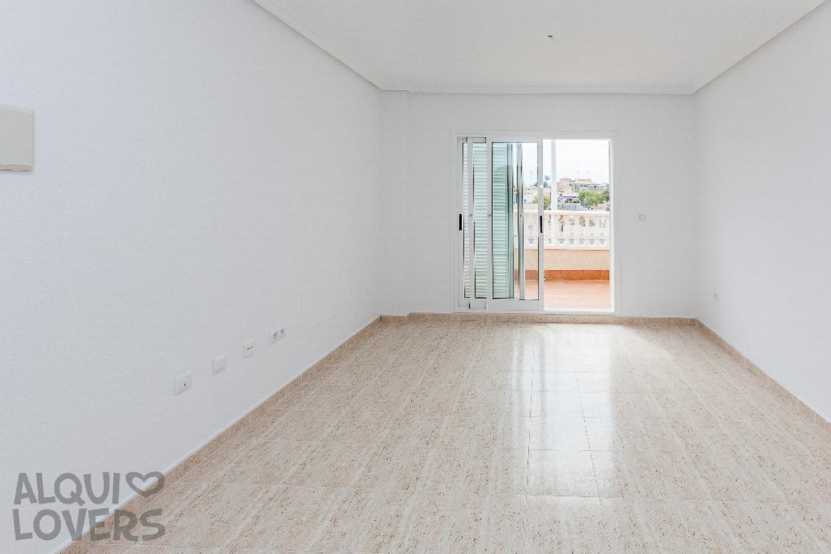 Piso en venta en Orihuela Costa, Orihuela, Alicante, Calle R-2, los Pinos, 74.000 €, 1 habitación, 1 baño, 49 m2