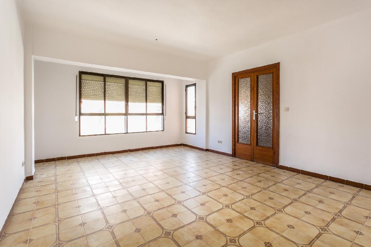 Piso en venta en Foners, Palma de Mallorca, Baleares, Calle Pontivic, 197.500 €, 4 habitaciones, 2 baños, 121 m2