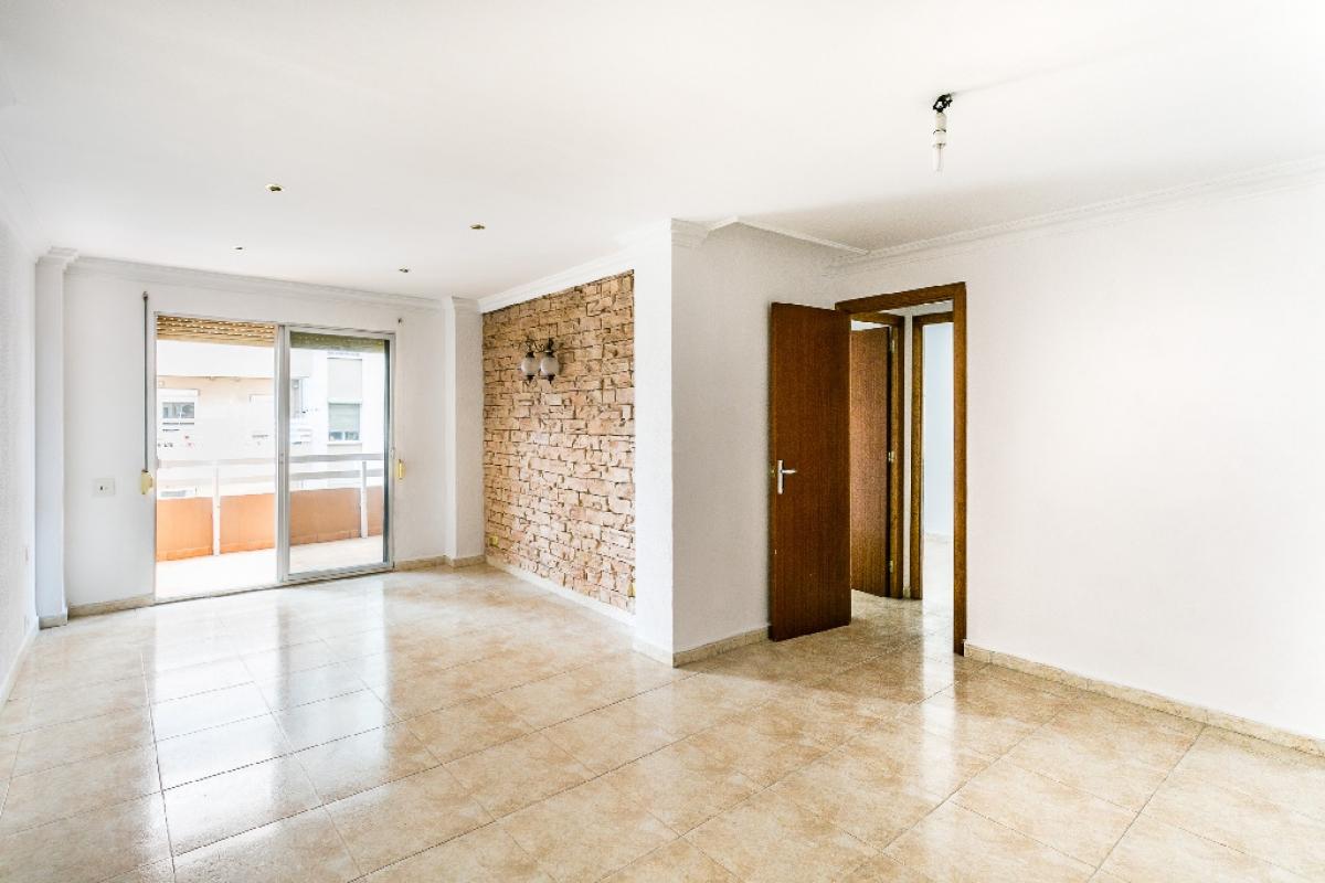 Piso en venta en Amanecer, Palma de Mallorca, Baleares, Calle Sant Vicenç de Paul, 178.500 €, 4 habitaciones, 1 baño, 103 m2