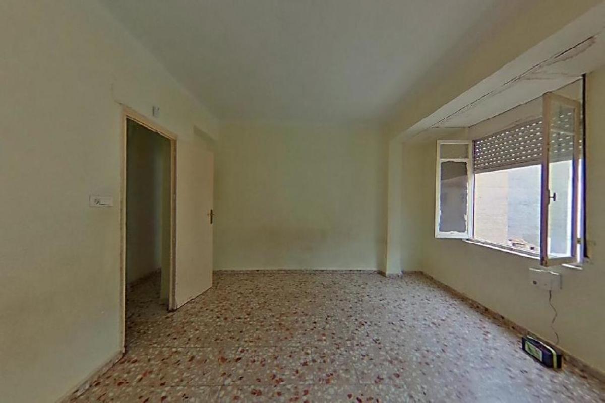Piso en venta en Molina de Segura, Murcia, Calle Escultor Gil Riquelme, 67.500 €, 3 habitaciones, 2 baños, 140 m2